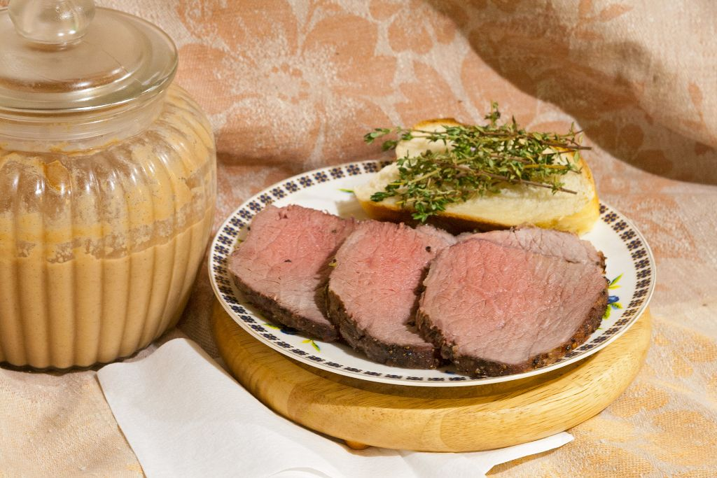 Eye Of Round Roast Beef with Thyme